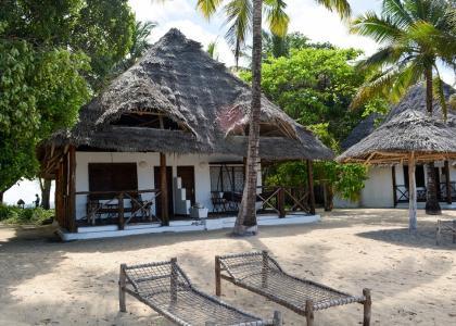 Hyggelige hytter lige ned til stranden